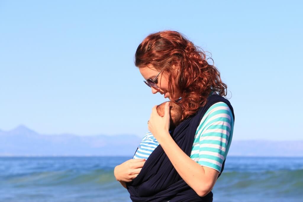 baby, mom, motherhood, newborn, list, wrap, outside
